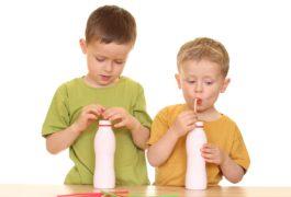 זה מה שהילדים שלכם צריכים לאכול בכל גיל כדי להפוך למבוגרים בריאים